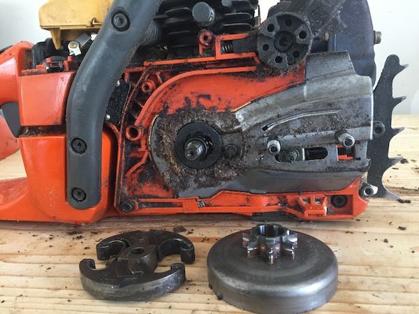 How To Replace A Chainsaw Clutch And Sprocket