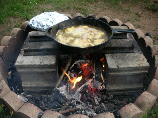 Cooking Fish Over A Campfire How To Fry Fish